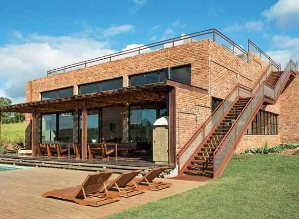 Casas modernas revestidas com tijolos 012