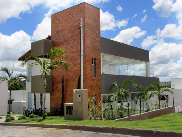 Casas modernas revestidas com tijolos 018