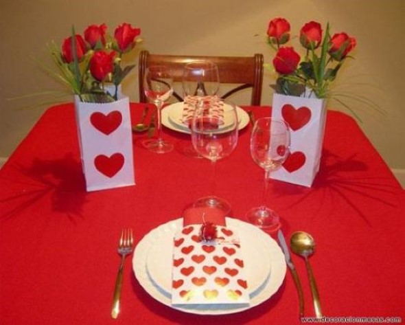 Mesa de jantar decorada Dia dos Namorados 003