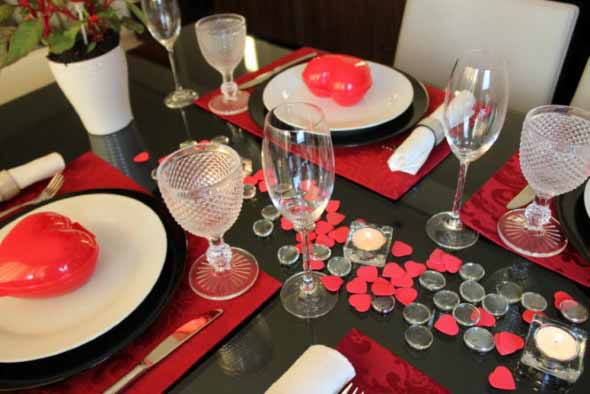 Mesa de jantar decorada Dia dos Namorados 010