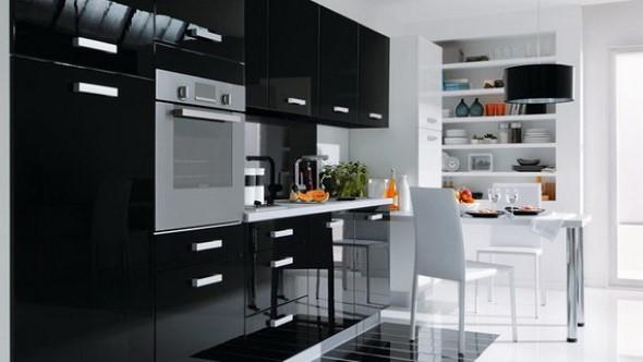 Cozinhas com armários pretos 018