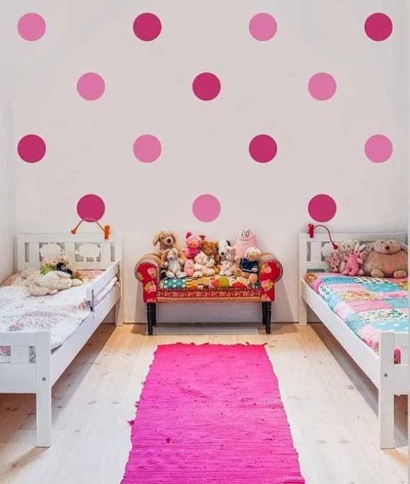Ideias para decorar as paredes com bolinhas 009