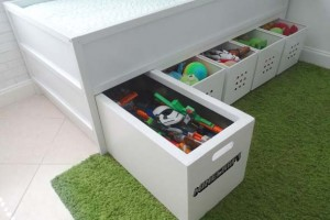 Pequenos espaços debaixo da cama 007