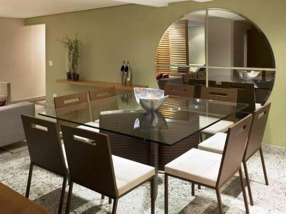 Espelhos na decoração da sala de jantar 012