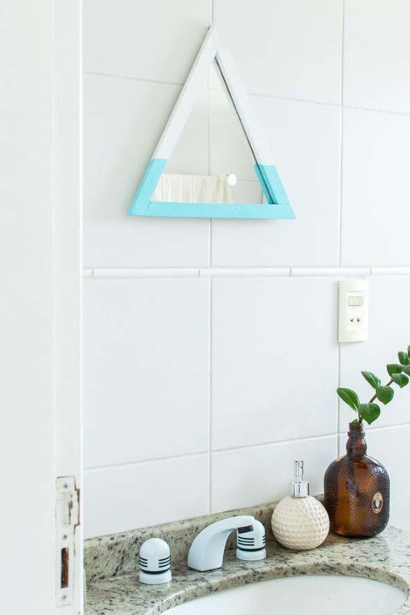 Espelhos triangulares na decoração 007