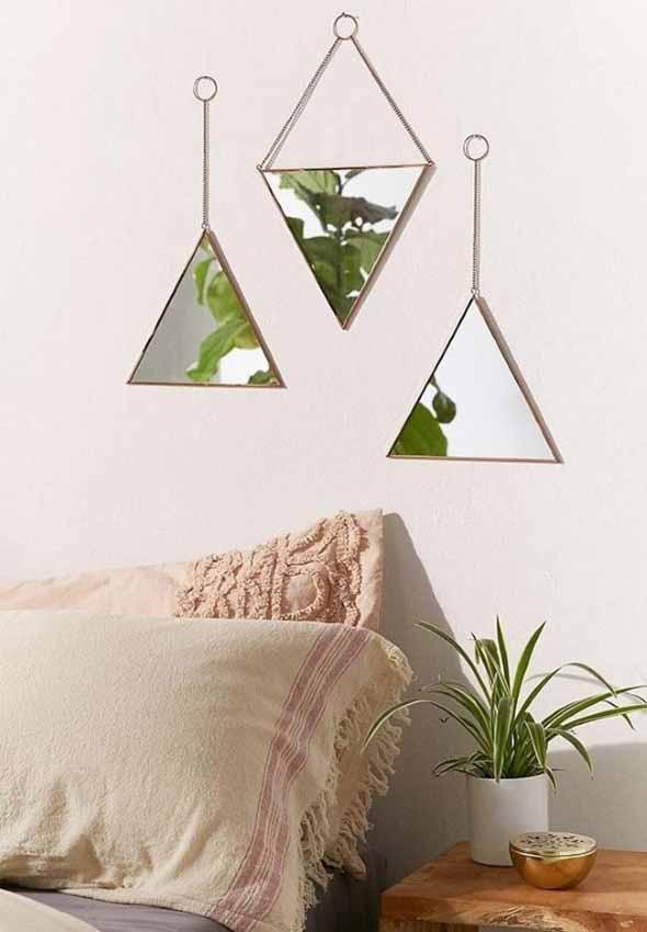 Espelhos triangulares na decoração 009