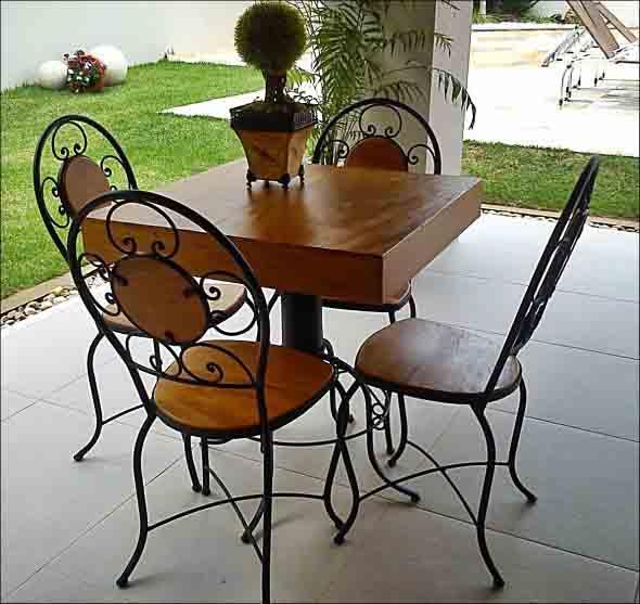 Use mesas bistrô na decoração de casa 020