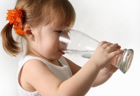 Desidratação: 7 sinais e 4 tipos de tratamento e bebidas-3