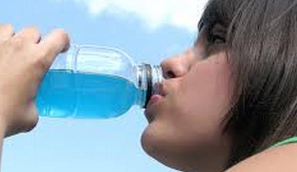 Desidratação: 7 sinais e 4 tipos de tratamento e bebidas-4