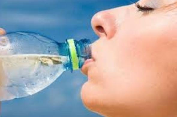Desidratação: 7 sinais e 4 tipos de tratamento e bebidas-5