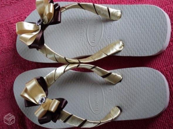 2-chinelos bordados