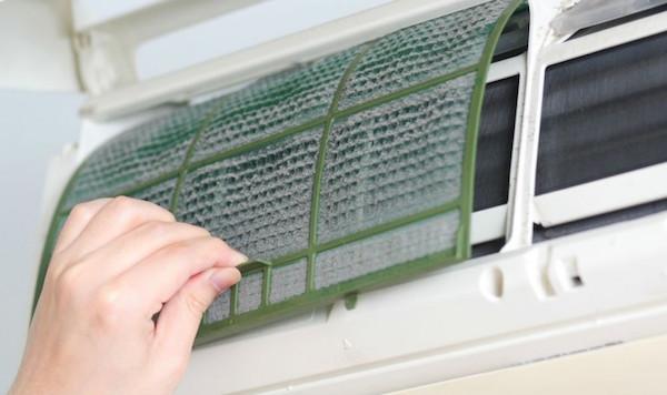 fazer a limpeza do ar condicionado1