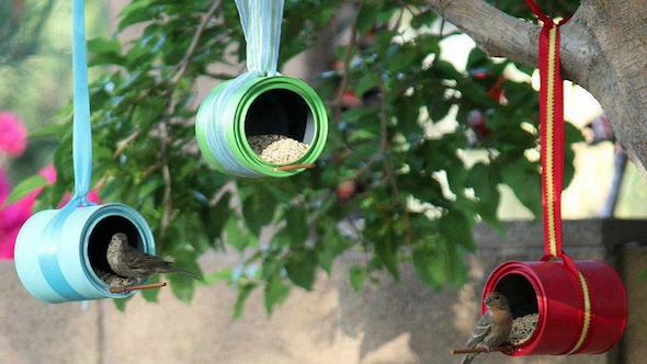 Jardim com latas recicláveis5