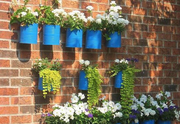 Jardim com latas recicláveis7