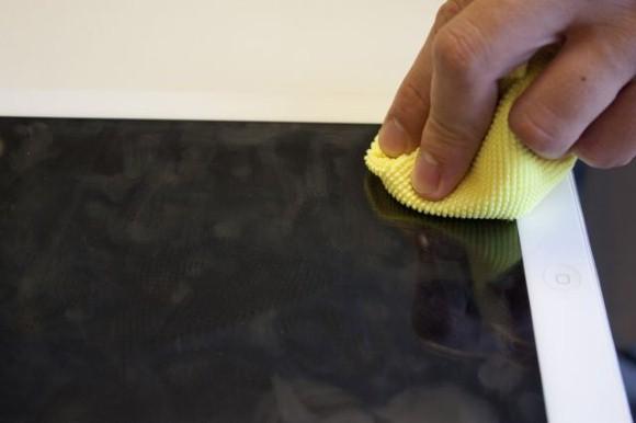 Como limpar a tela de Tablet e Smartphone 002