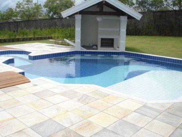 Piso-ao-redor-da-piscina-001
