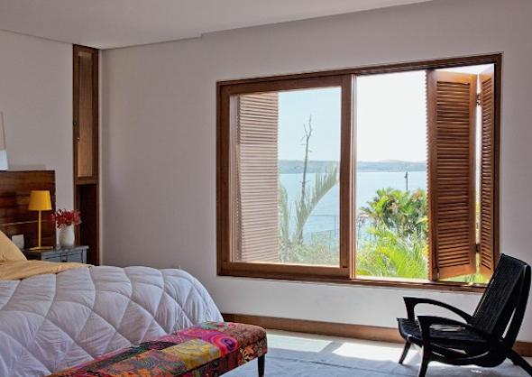 Tipos de janelas de madeira para casa 6