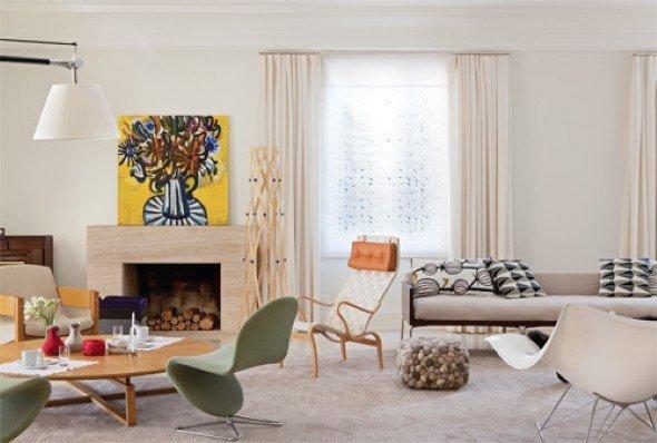 Colocar-cadeiras-em-uma-sala-com-lareira-001