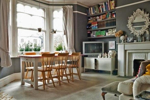 Colocar-cadeiras-em-uma-sala-com-lareira-005
