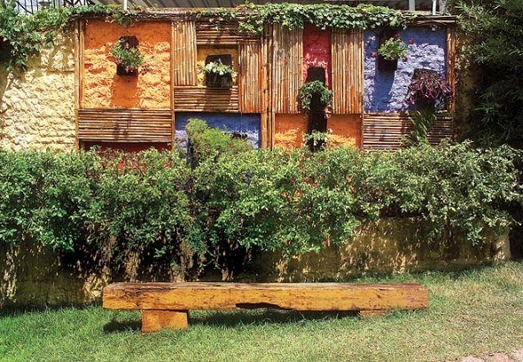 Cores-e-muros-cheios-de-plantas-002