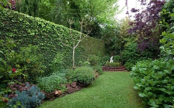 Cores-e-muros-cheios-de-plantas-005