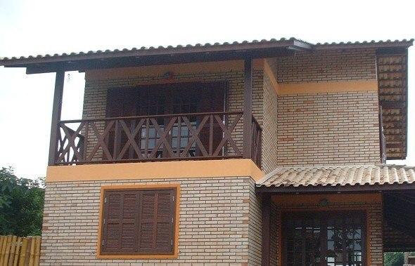Fachadas-de-casa-com-tijolinhos-012