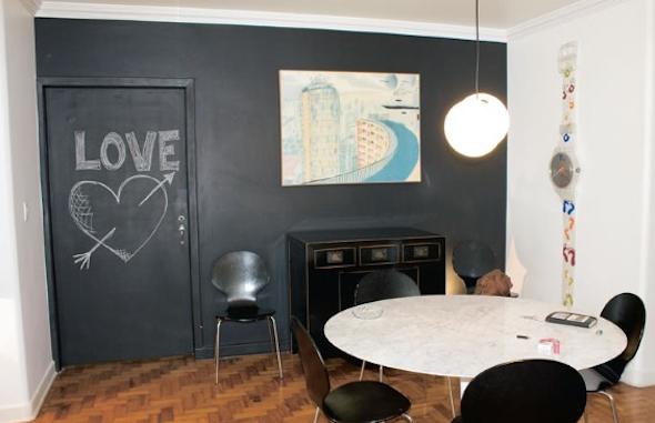 decorar parede preta-5
