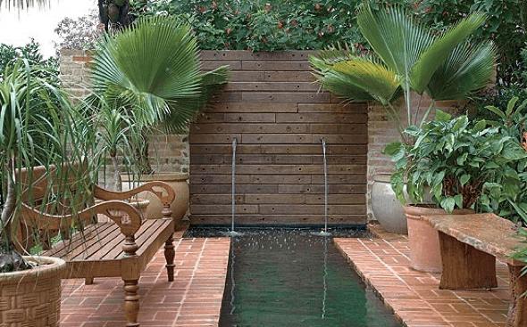 2-Tacos de madeira para revestir parede externa
