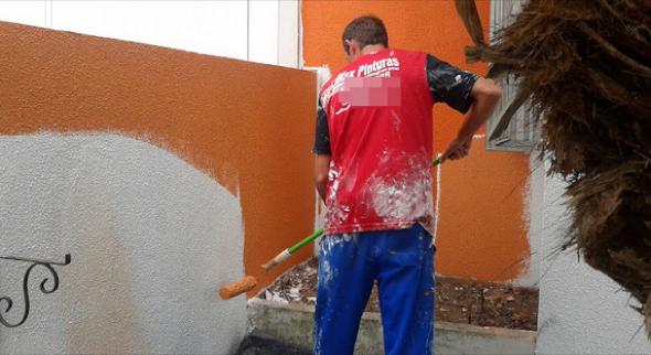 4-qual a melhor cor para pintar os muros de casa
