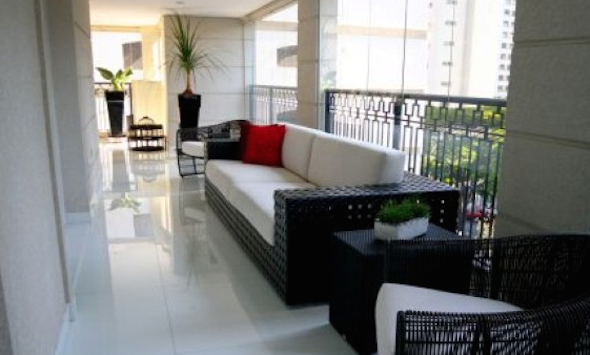 Como montar uma sala de estar na varanda do apartamento-14