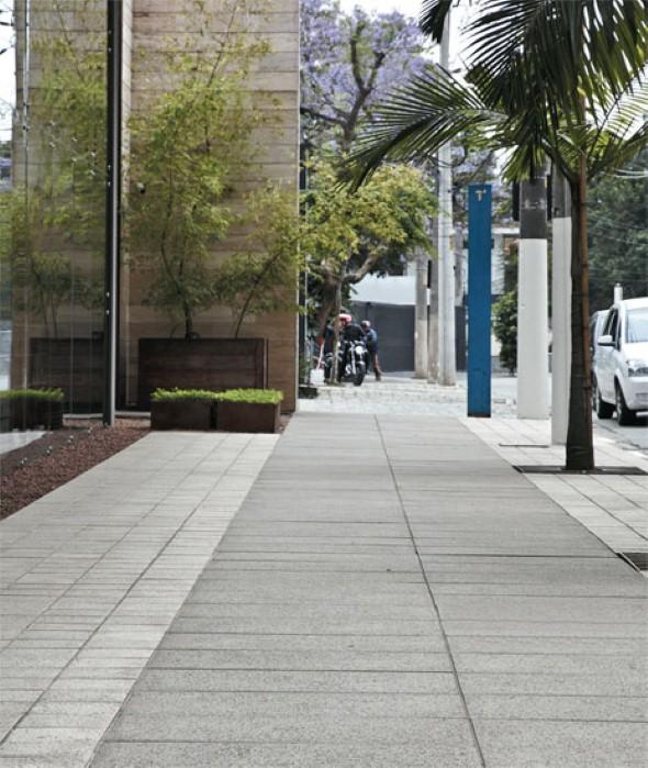 Pisos cimentícios em calçadas 005