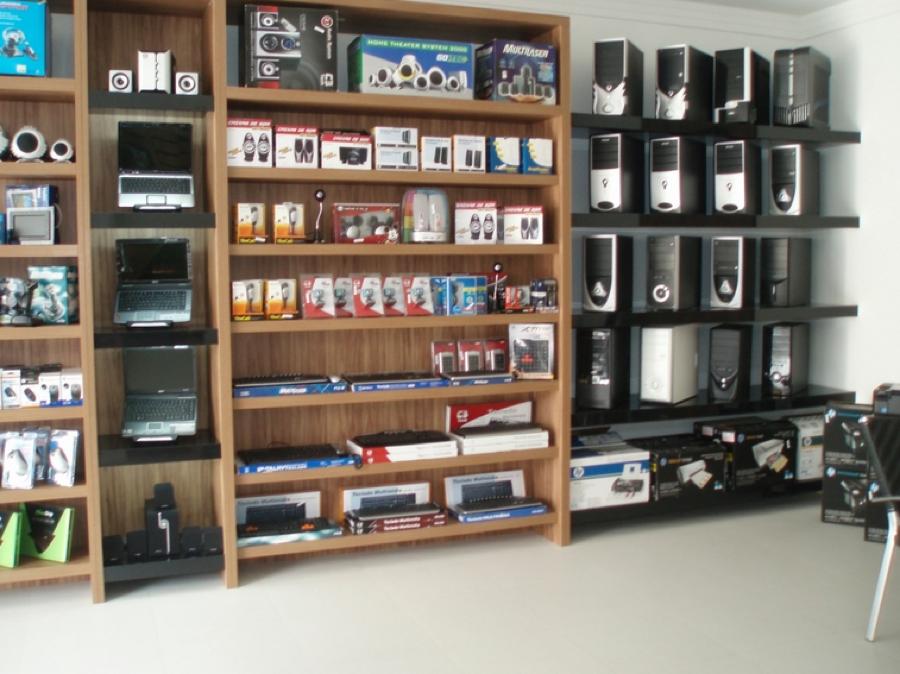 3-montar e organizar loja de computadores