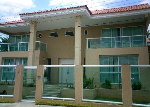 13-fechadas de casas com vidros