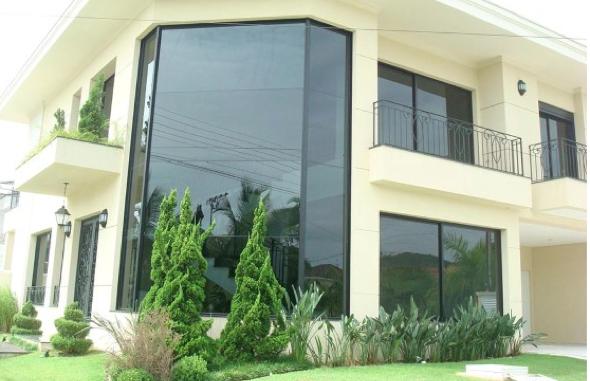 3-fechadas de casas com vidros