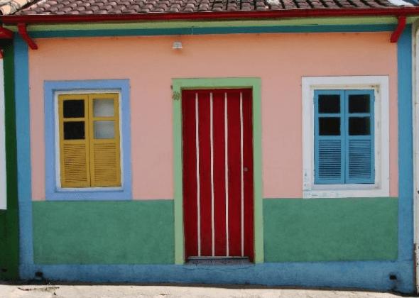 2-Portas coloridas para casa