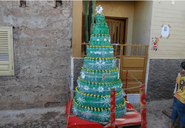 7-Ideias_para__rvore_de_natal_reciclada_