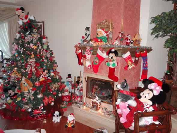 Brinquedos-na-decora__o-de-natal-004