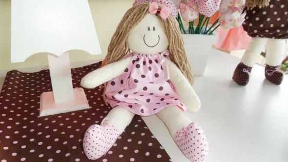Ideias-para-decorar-o-quarto-com-bonecas-013