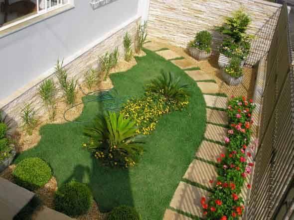 Frente-de-casas-com-jardim-003