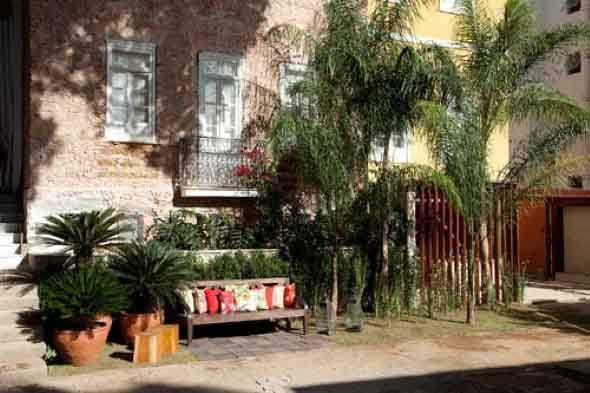 Frente-de-casas-com-jardim-005