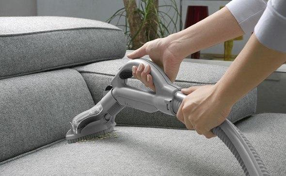 Aprenda a pintar sofá de tecido passo a passo e confira  5 dicas certeiras