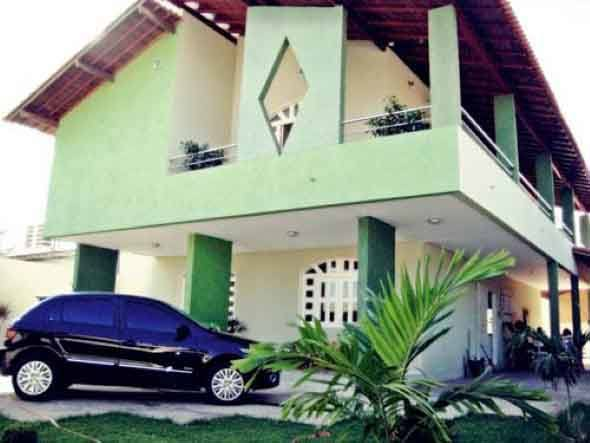 Fachada-verde-para-casas-é-a-nova-tendência-010