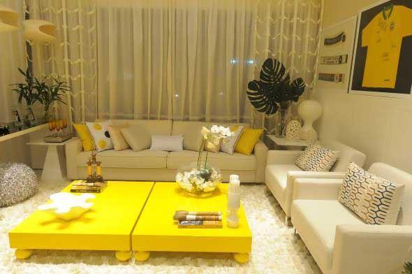 1d08794cc4 Amarelo na decoração da sala: 16 exemplos lindos e dicas