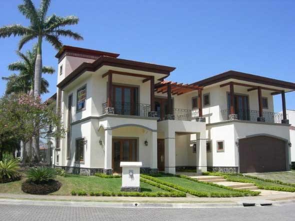 Fachada-de-casa-estilo-colonial-moderno-014