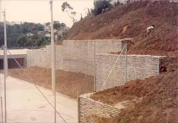 Muro-de-arrimo-projeto-e-como-fazer-012