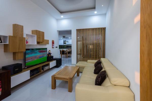 BQ-17 Residence, casa minimalista5