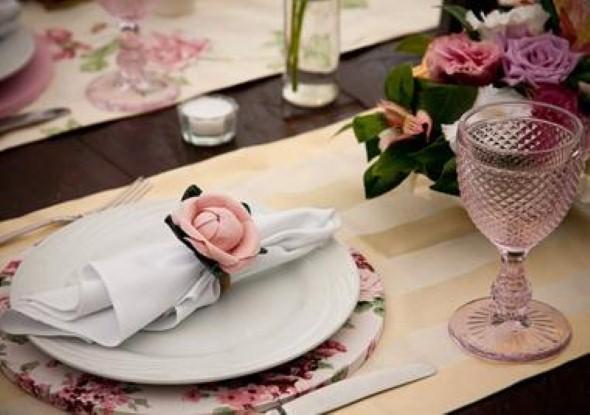 Decorar uma sala de jantar romântica 013