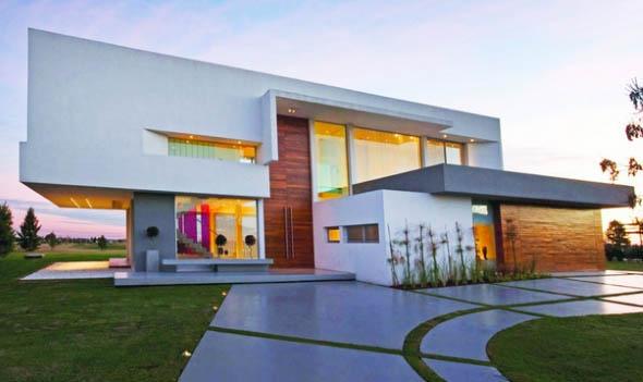Renove a fachada da casa com charme e elegância.