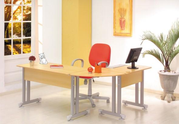 Mesas de escritório em L como usá-las 008