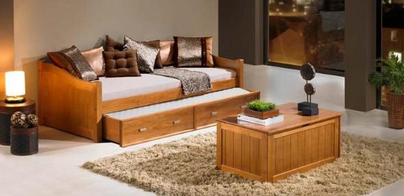 Sofá cama em casa 005
